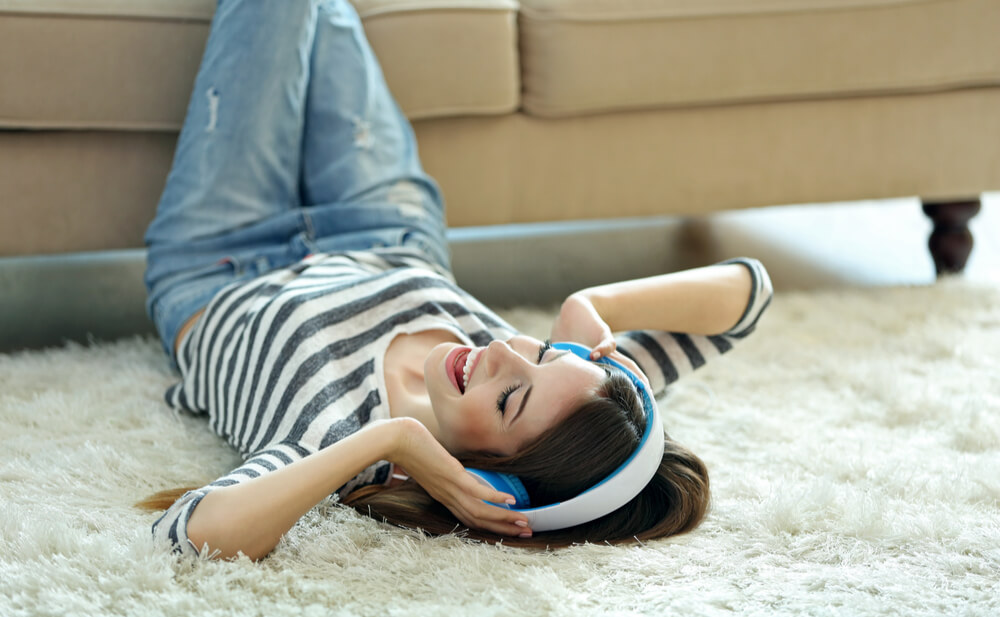 cómo escuchar música sin poner en riesgo los oídos