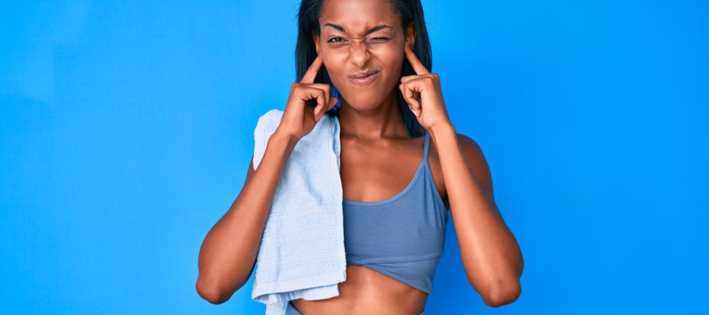 ejercicios que empeoran el tinnitus